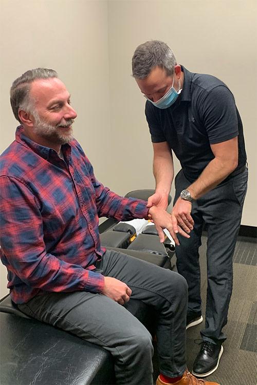 Chiropractor Minneapolis MN Eric Mayfield Patient Exam